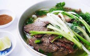 pho bo - un des plats incontournables a hanoi