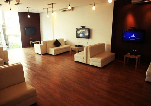 play gaming lounge bar original hanoi