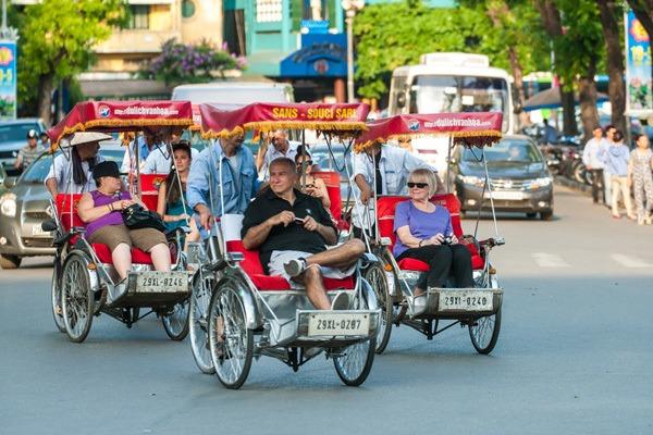 tour-de-cycle pousse autour hanoi