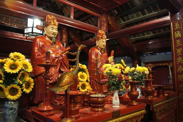 temple-quan-thanh-hanoi