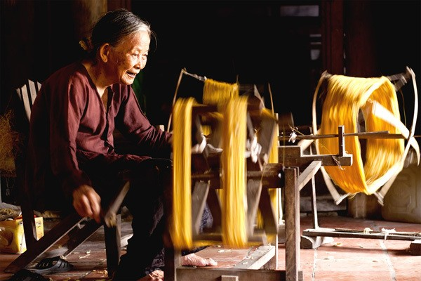 fabrication-de-soie-village-van-phuc-hanoi