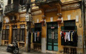 vielle batisse coloniale a hanoi