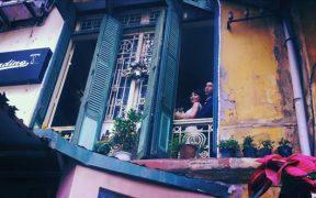 balcon de loading-t cafe a hanoi