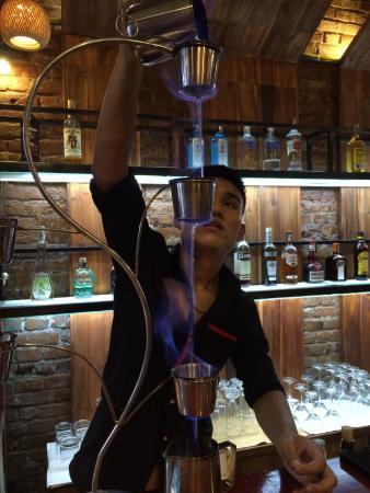 preparation-du-cocktail-pho-mojito
