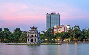 La tour BIDV dominant le quartier du lac et l'Hôtel de Ville d'Hanoï © Trang Chu