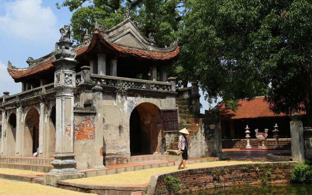 Chu ng le village qui fabrique le chapeau conique le for Acheter maison au vietnam