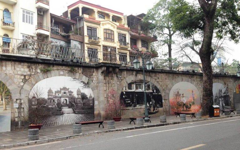 Rues des fresques de Phung Hung